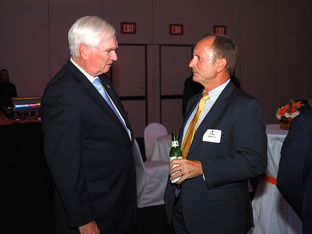 Congressman Jimmy Duncan chats with Mike Keating of UT Medical Center. (Photo by Gary Heatherly.)