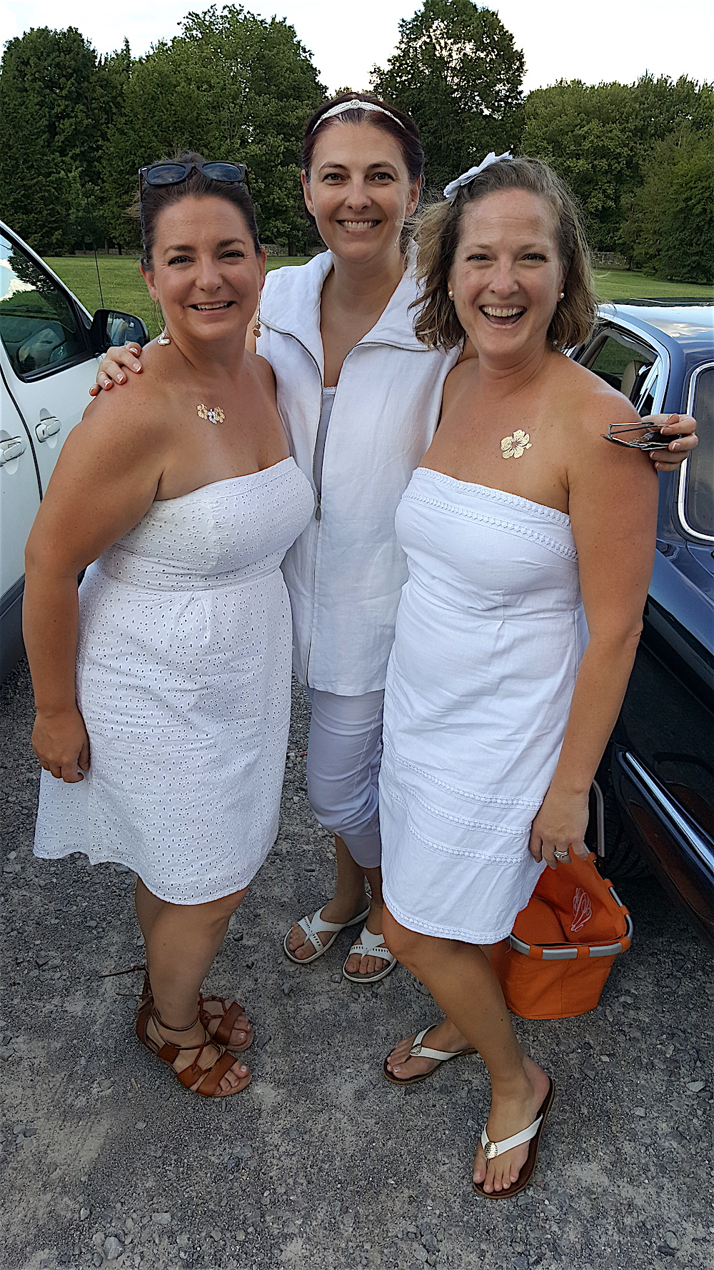 From left, Sharon Deaver, Johnna Easter and Megan Venable. We ran into them in the parking lot and plotted to put our tables next to each other.